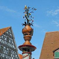 Spitze des Marktbrunnens