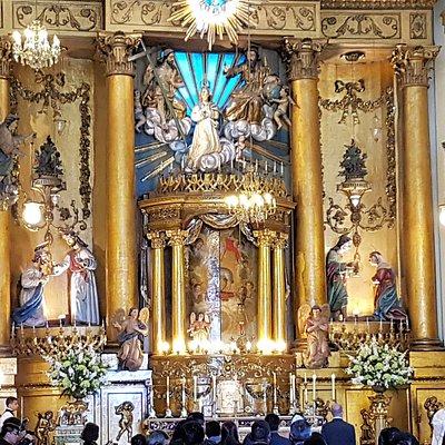 El centro del retablo es de una finura y belleza que lo hacen unicos