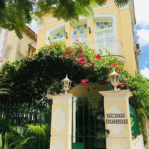 Casa Flamboyan - Casa Particular - view from the street