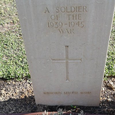 Grave of unknown Soldier at Leros War Cemetery