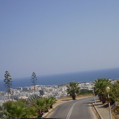 vista desde lo alto de la punta norte de la isla de Rodas y la Playa Elli