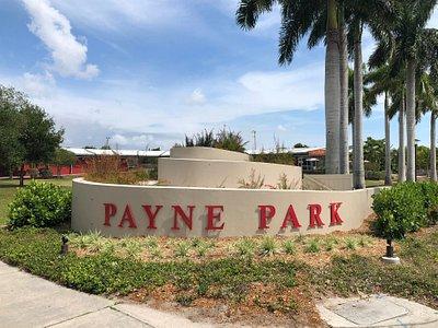Payne Park: This park is home to the Payne Park Tennis Center, Skate Park, Circus Park, Cafe, Auditorium, and Amphitheater.