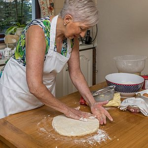 Irish cooking class with a local celebrity chef Marjorie in Ballina