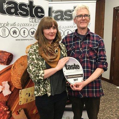 8-course gourmet seaweed tasting menu and foraging experience in Caherdaiel with Kerryann