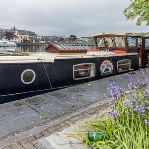 Irish cooking and dining experience on a boat in Carrick-on-shannon with Mary and Jorn