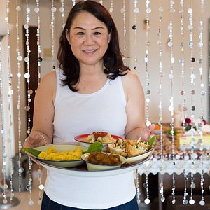 Savor home-cooked Peranakan and Malay cuisine in Malacca with Catherine