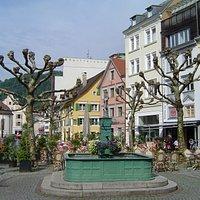 Neptunbrunnen på Kornmarkt i Bregenz