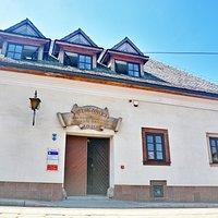 Kamienica Niemczówka - front