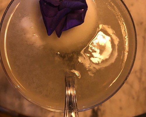 Wonderful cocktails - great ambiance