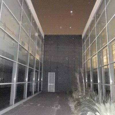Corile interno, notturno. Internal court, by night