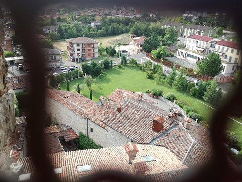 vista dalla Torre sul giardino del Castello