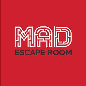 logo mad escape room