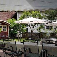 Romantisches Ambiente in einem wunderschön gepflegten Garten
