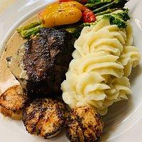 Steak & Scallops