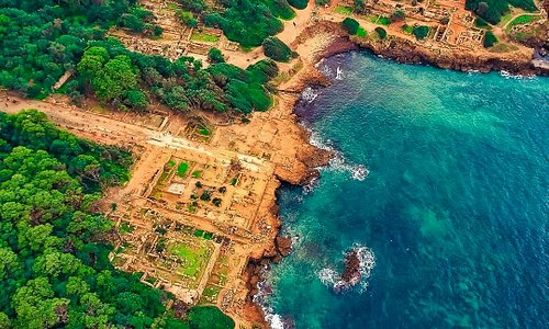 "Ruines Romaines Tipaza  ""Algerian Maze"" Team"