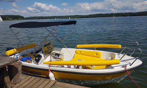 Boat rental from central Mikolajki: cheap and excellent boats!