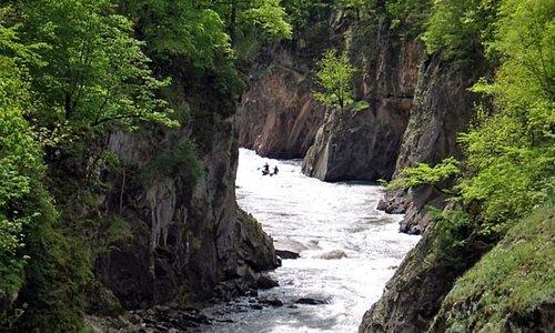 Каньен реки Белой
