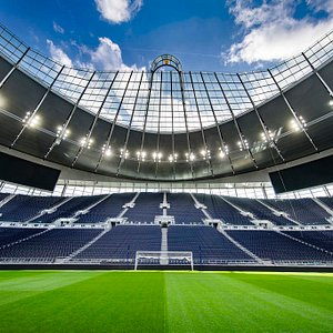 Discovering the state-of-the-art features and cutting-edge architecture and design of the stadium.