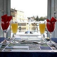 repas vu sur la rivière