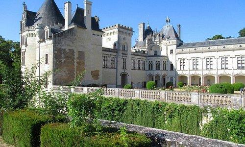 Château de Brézé (Visite, Saumur, Souterrain, Photos, Vin)