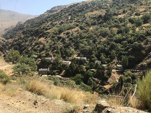 Uitgestorven dorpje in prachtig wandelgebied.