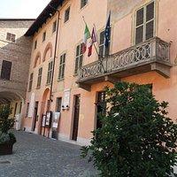 L'ufficio turistico nel palazzo comunale