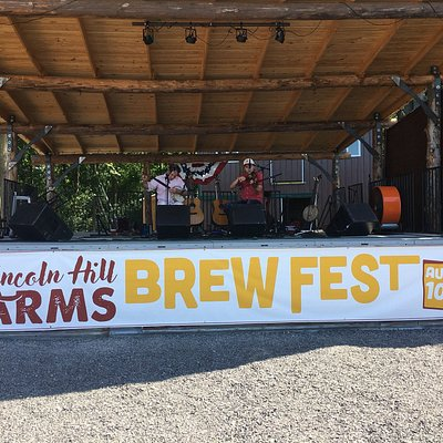 A relaxing Family Day with Good Music, Farmland, Games, Food & Craft Beers.