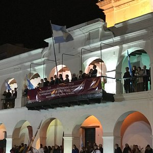 Digno de ver y más con él Cambio de Guardia. Cultura y Patrimonio en Salta. Imitemos Argentinos a los hermanos Salteños.