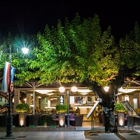 Zeys Restaurant - cafe
