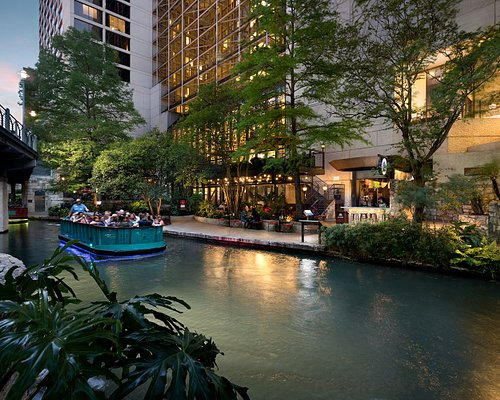 The 10 Closest Hotels To San Antonio River Walk Tripadvisor Find Hotels Near San Antonio River Walk