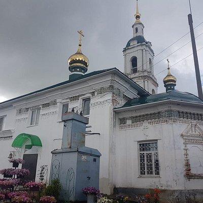Симпатичный храм Гаврилов Посада