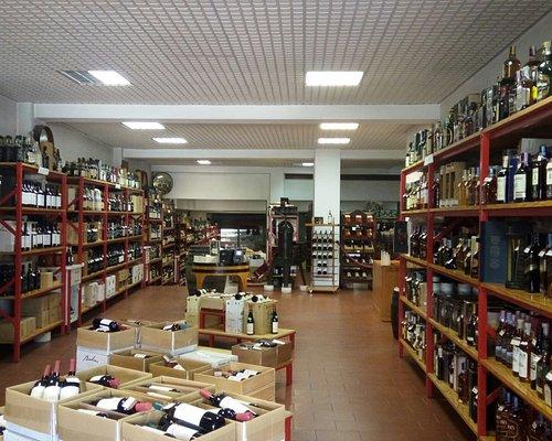Dentro da loja