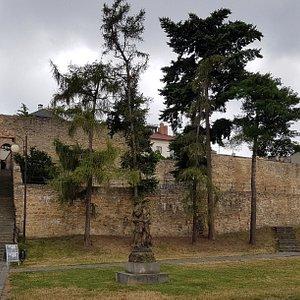 Městské opevnění v Přerově s fortnou a sochou Neptuna