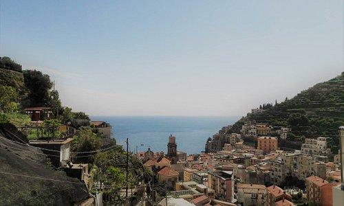 Il meraviglioso panorama della Costa d'Amalfi.