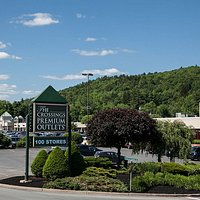 The Crossings Premium Outlets