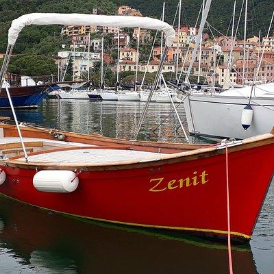 Vintage pretty  old Boat ❤