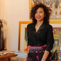 The gallery owner, Ari PURPA