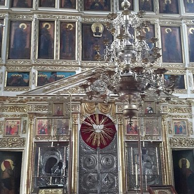 Иконостас храма впечатляет!!!