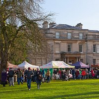 Christmas Market at Normanby Hall by Lee Beel