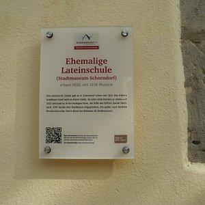 Hier war auch einmal in früheren Jahren eine Lateinschule untergebracht