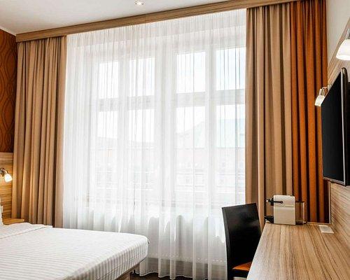The 10 Closest Hotels To Altmarkt Galerie Dresden Tripadvisor Find Hotels Near Altmarkt Galerie Dresden