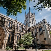 Southwark Cathedral from SW gates