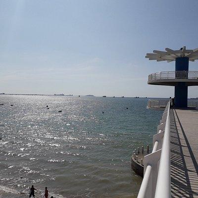 Disfrutando de la vista al mar