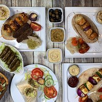 Nice bar in West London serving tasty Middle Eastern food and burgers. Good live music venue