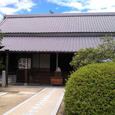 The Main Hall of Uryu-ji Temple