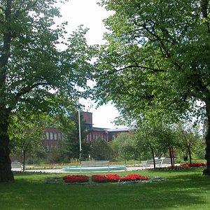 Tervetuloa tutustumaan Forssan keskusta-alueella sijaitsevaan upeaan Yhtiönpuistoon.