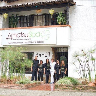 Welcome to Amatsu Spa. This is how our spa looks from outside. Our team welcomes you to this amazing experience.  Bievenidos a Amatsu Spa. Así es como luce nuestro spa. Nuestro equipo te da la bienvenida a esta increible experiencia.