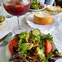 Salad with Red sangria