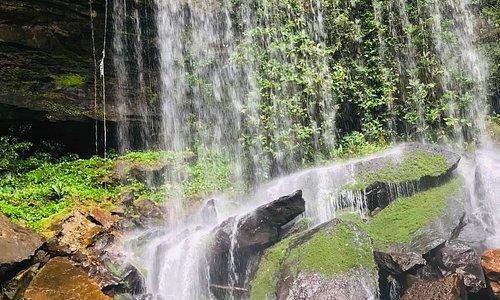 Otra de las muchas hermosas cascadas con las que cuenta el departamento de Guaviare, ven y conócelas con nosotros.