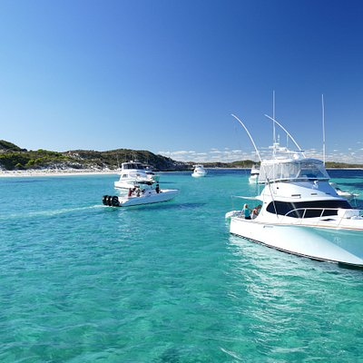 The crystal clear waters of Parker Point, Rottnest Island, Western Australia.